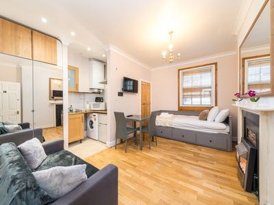 Photo for Modern Studio Apartment next to Piccadilly Circus