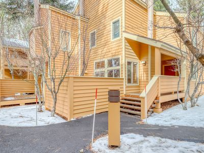 Photo for Mountain condo w/ gas fireplace, private gas grill, and a shared hot tub!