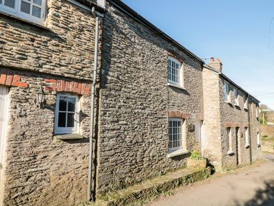 Photo for Yew Tree Cottage, STOKE FLEMING