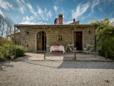 Photo for 4-person villa with private swimming pool, spacious garden and terrace