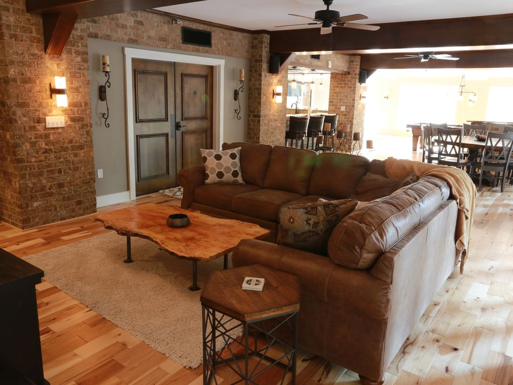 """Living Room Sets Knoxville Tn shamrock suite """"your luxury window to downtown knoxville"""