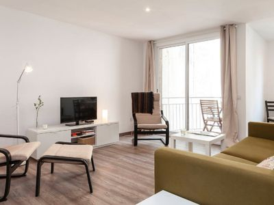 Photo for Apartment in the heart of Barcelona, Trafalgar-Urquinaona square