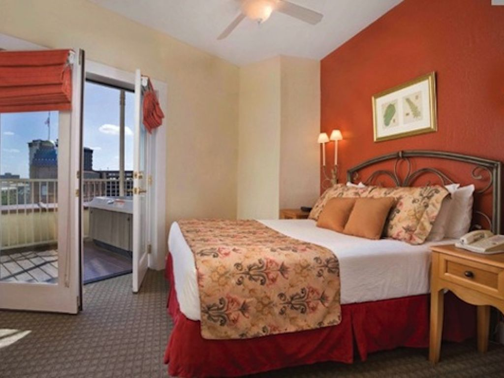 Hotels Vacation Rentals Near San Antonio Market Square Trip101