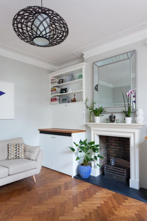 London Home 174, You will Love This Luxury 2 Bedroom Holiday Home in London, England - Studio Villa, Sleeps 4