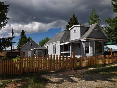 Photo for Sunny Victorian just steps away from the main street and Mineral Belt trail.