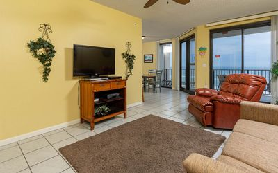 Photo for 1 Bedroom On The BEACH! 5th Floor! Phoenix X ~ Next to Flora-Bama!