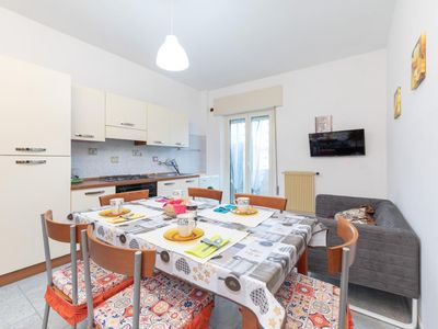 Photo for Holiday apartment Vasto for 3 - 4 persons with 2 bedrooms - Penthouse holiday apartment