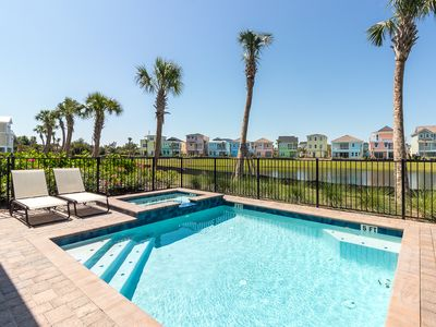 Photo for Margaritaville Resort Orlando - 3 bedroom/3 bath cottage - 7988 Shaker Street