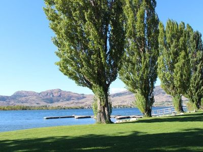 Photo for Luxury 5* Townhome on Beautiful Osoyoos Lake