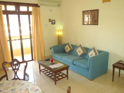 Photo for In the center of Candolim with Internet, Pool, Air conditioning, Parking (646677)