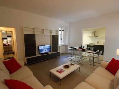 Photo for Sant Ambrogio apartment in Santa Croce with WiFi.