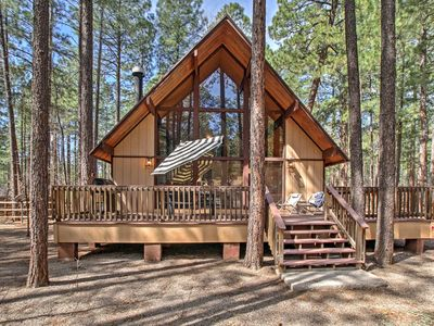 Photo for 3BR Pinetop Cabin w/ Spacious Deck & Backyard!