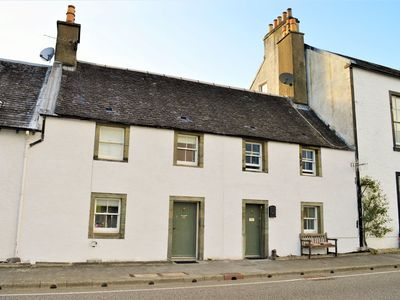 Photo for Seaview location in Inverarary, historic cottage within walking distance of town centre, sleeps 4