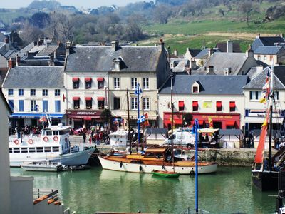 Photo for Charming apartment 4 * views port and sea Normandy landing beaches