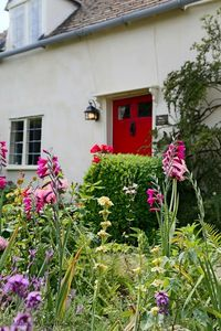 Photo for Box Cottage -  a cottage that sleeps 4 guests  in 2 bedrooms