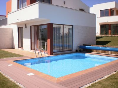 Photo for Fabulous villa with 3 bedrooms, 3 bathrooms and private heated pool