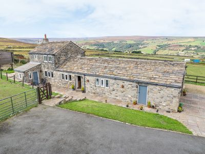 Photo for 1BR Cottage Vacation Rental in Huddersfield