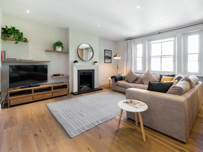 Photo for Serene & Spacious Hampstead 3 bed 2 bathroom Flat