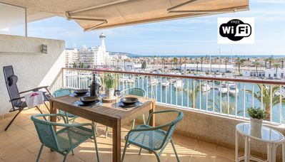 Photo for Apart-Rent-Apartment with views of the canal and the sea (0162)