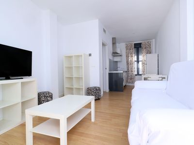 Photo for Sanchez Bajo 2 apartment in Córdoba with WiFi, integrated air conditioning & lift.