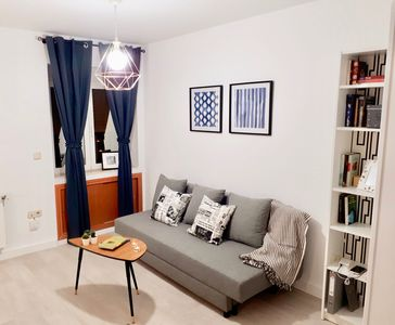 Photo for Small cozy flat, at 3 stations from Royal Palace and Plaza de España,