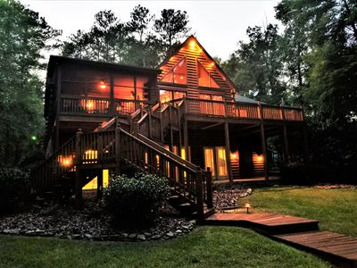 Photo for Relaxing Log Cabin with Four Season Elegance and Charm