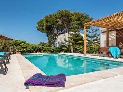 Photo for 4 bedroom Villa, sleeps 8 in Cala Morell with Pool and WiFi