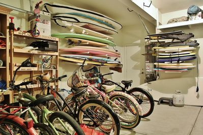 Every toy you want: surfboards, boogie/paddle boards, beach cruisers, and toys