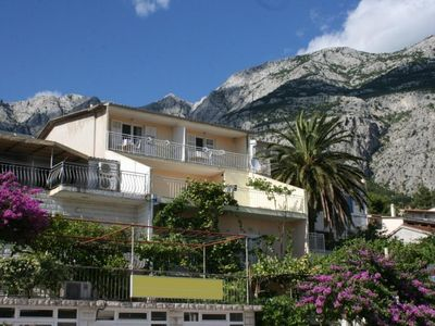 Photo for Apartment in Makarska (Makarska), capacity 4+0