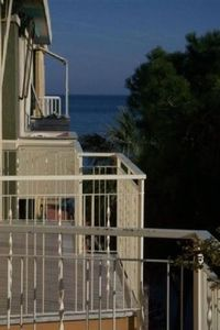 Photo for Large, airy family apartment 50 meters from the beach