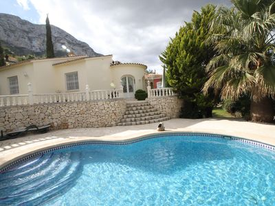 Photo for Fantastic villa with private pool, Wifi, TV-SAT, parking, a/c and barbecue area
