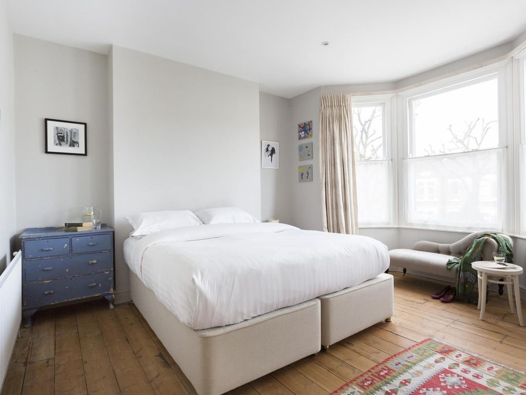 Barlby Road IV - luxury 3 bedrooms serviced apartment - Travel Keys