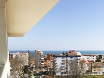 Photo for Beautiful and cheerful apartment in Piles, on the Costa Blanca, Spain  with communal pool for 6 persons