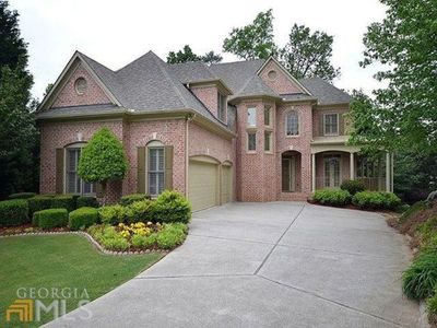 Photo for Executive Home -20 Minutes from Mercedes Benz Stadium