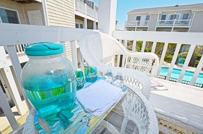 Smell the ocean breeze and enjoy refreshments!