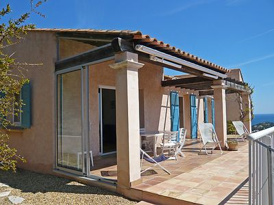 Photo for 3 bedroom Villa, sleeps 6 in Cavalaire-sur-Mer with Pool, Air Con and WiFi