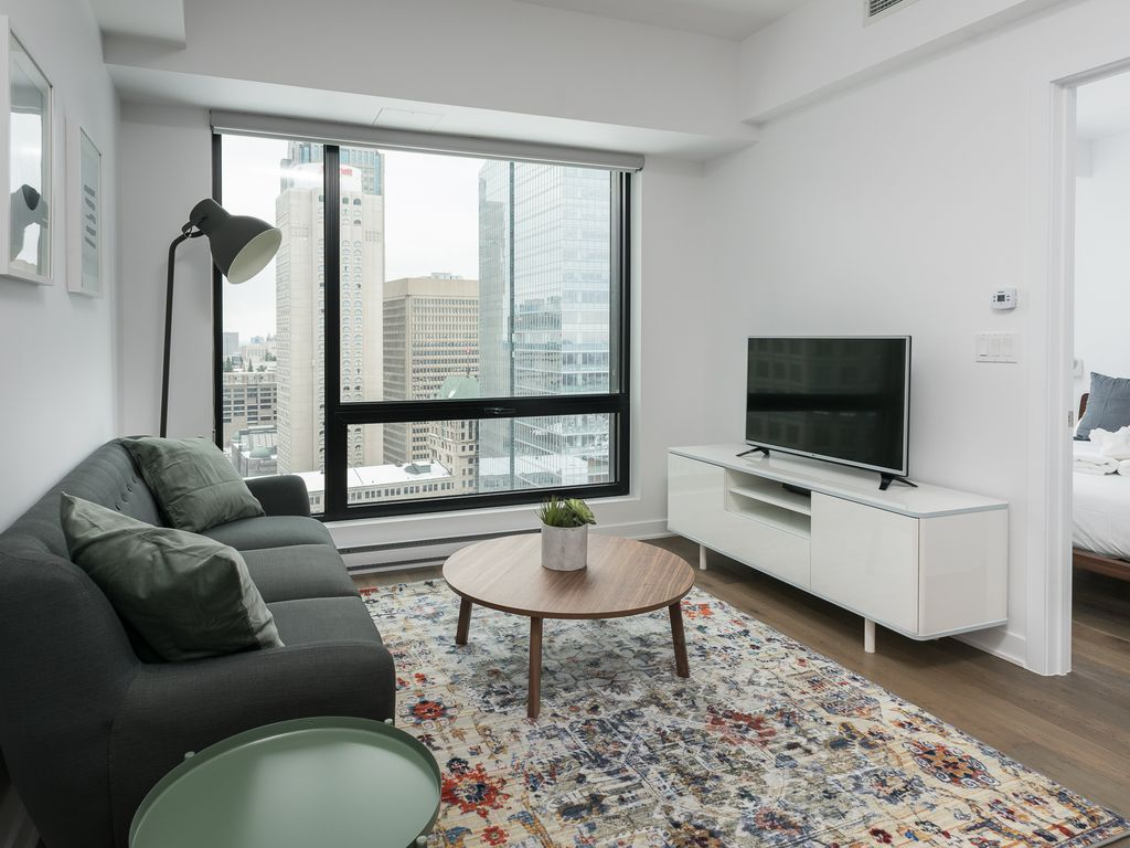 Hotels vacation rentals near montreal train station for Cabin rentals near montreal