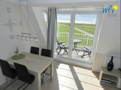 Photo for Two separate bedrooms, sunny balcony and sauna!