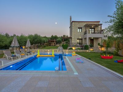 Photo for Relax and enjoy the sun in a stone floor villa with private pool and huge garden