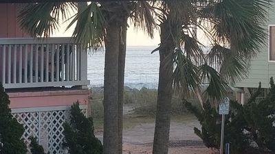 Photo for Cute & clean condo 3 min walk to beach. 1.5 baths. Sleeps 4.