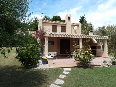 Photo for Delightful renovated villa with garden and AC only steps away from dream beach