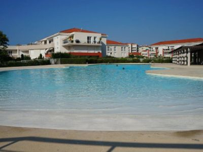Photo for 2pieces 45m2, superb swimming pool, direct beach access, Wifi