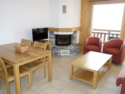 Photo for Apartment 2 rooms, 4* for 4-6 persons. Superior class apartment located near the ski slopes. Modern