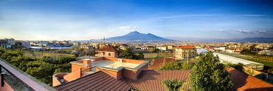 Photo for Relaxing Roman Villa on the Gulf of Naples