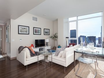 Luxury furnished 1 bedroom apartment in downtown Seattle