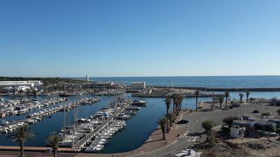 Photo for Beautiful T2 facing sea, port and beach in Canet furnished to nine apartment redone total