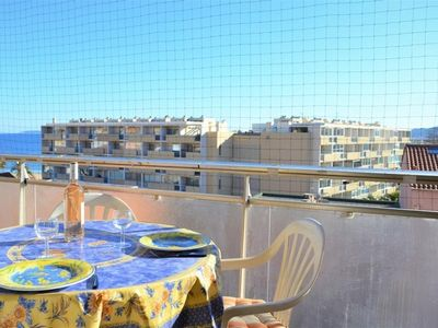 Photo for Apartment Le Lavandou, studio flat, 2 persons
