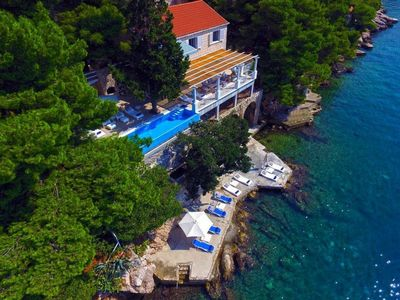 Photo for Seafront Villa Mey´s Place, near Dubrovnik