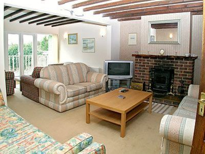 Photo for 4 bedroom property in Southampton.