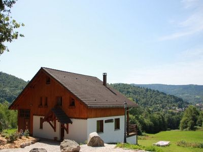 Photo for Rustic chalet with dishwasher, in the High Vosges